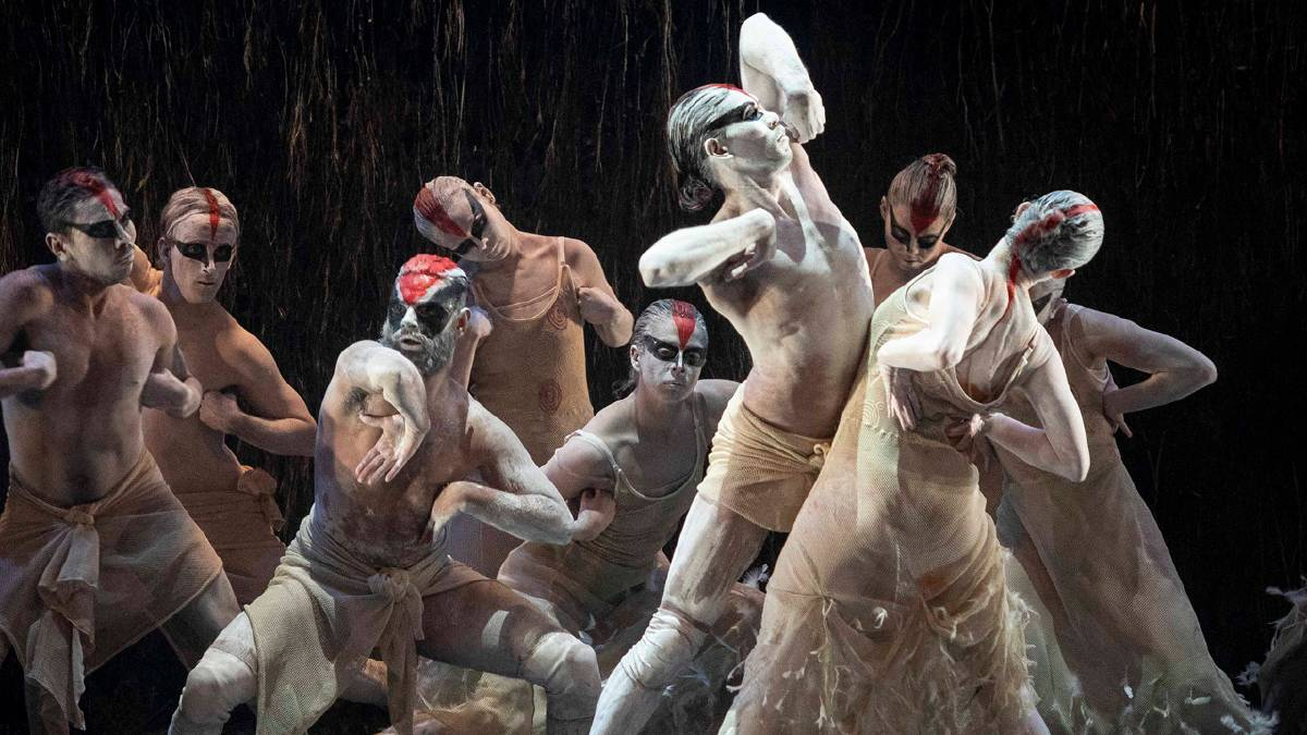 On stage: Bangarra Dance Theatre's Spirit: a Retrospective 2021. Credit: Lisa Tomasetti