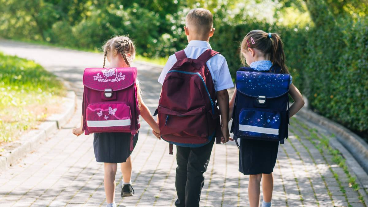 Choosing when to start your children at 'big school' is not always easy, especially when your children have birth dates very early in the year. Picture: Shutterstock.