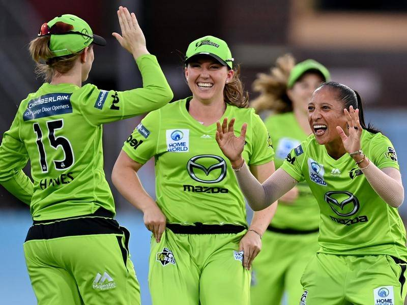 Shabnim Ismail (r) was named player of the match in the WBBL final win over the Melbourne Stars.